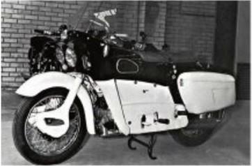 экспериментальный британский мотоцикл Ariel Leader 4