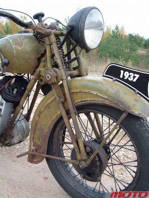 Довоенный мотоцикл ТИЗ АМ-600. Таганрогский завод имени Й.В.Сталина